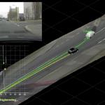 Links oben das Videobild (Datenquelle) der Szene mit erkanntem Fahrzeug. Unten links die berechneten Spuren und Position der Fahrzeuge. Groß: 3D Rekonstruktion der Szene